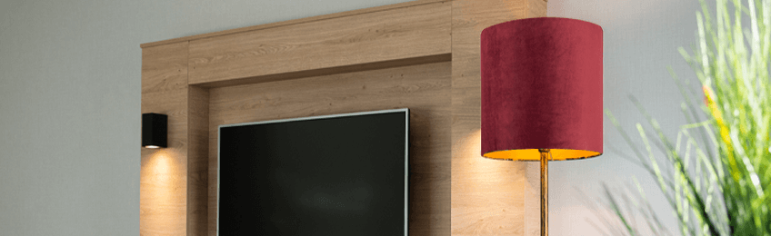 Rote Lampenschirme