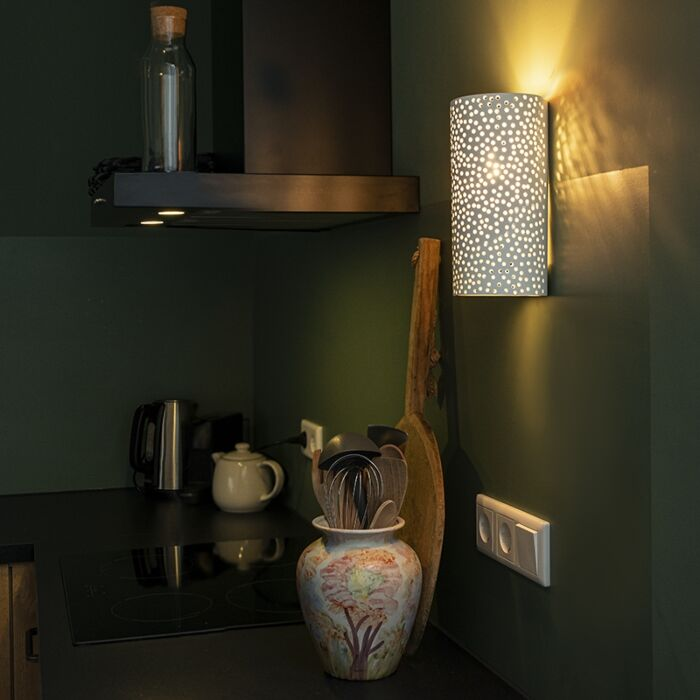 Vintage-zylindrische-Wandlampe-aus-weißem-Gips---Mahou