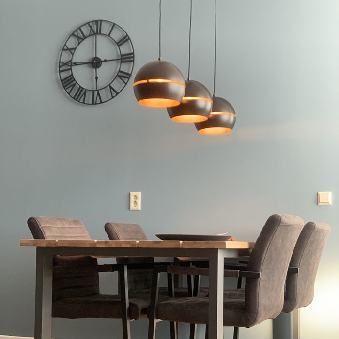 Design-Hängelampe-schwarz-mit-goldenem-Interieur-3-Leuchten---Buell
