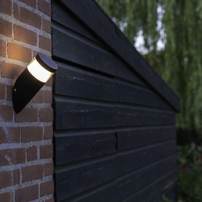 Moderne-schräge-Außenwandleuchte-schwarz-inkl.-LED---Prim