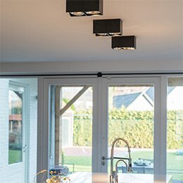Lampenundleuchten - Aufbaustrahler montieren?